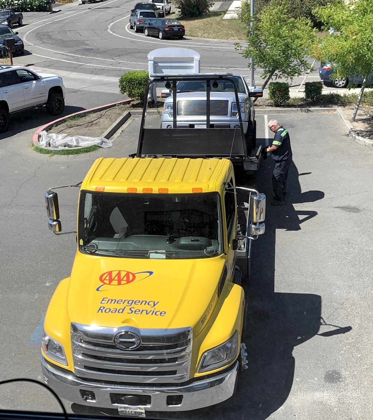 Yarbrough Tow Emergency Response